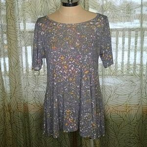 Lularoe Small Top shirt floral faded high low LZ